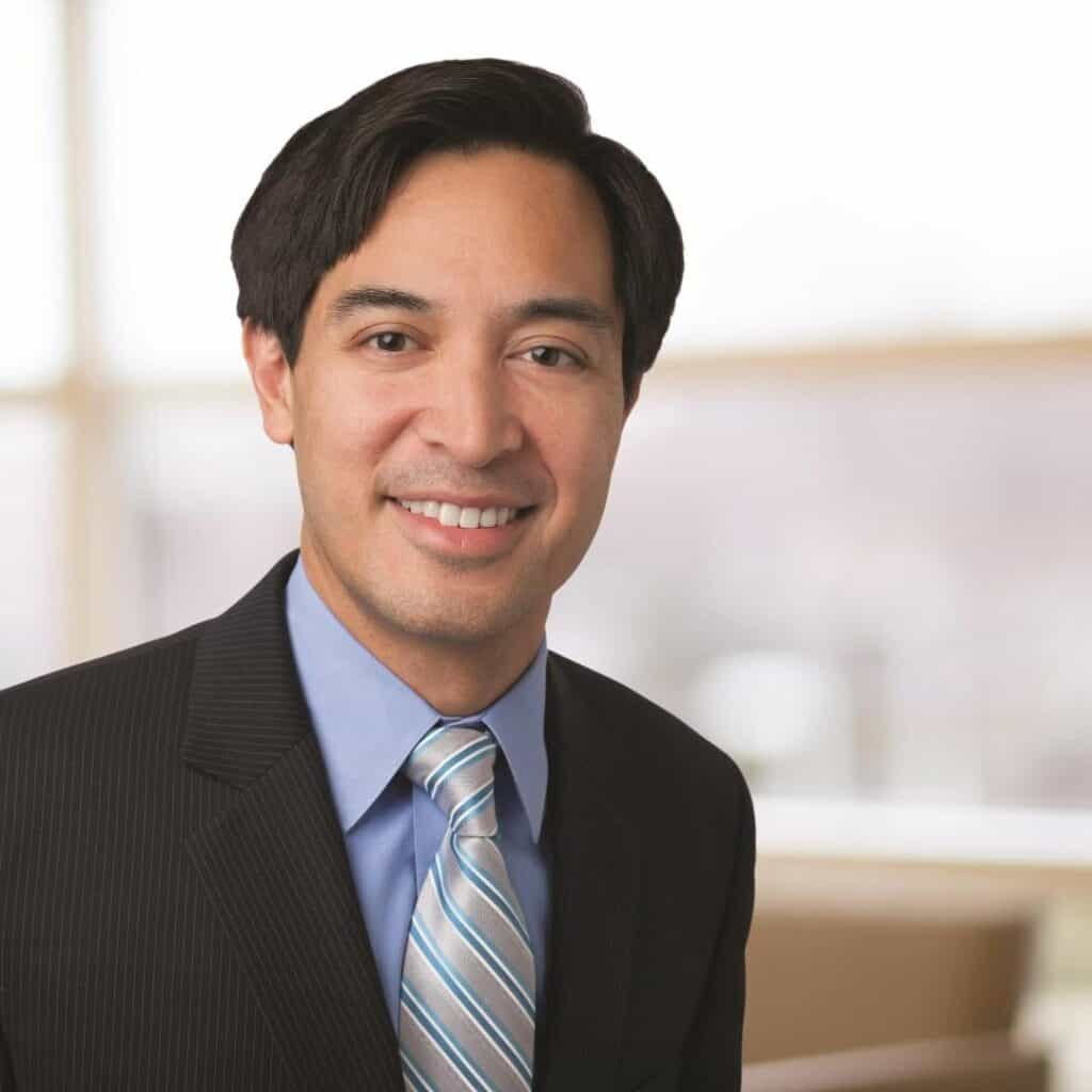 Dr. Jonathan Maks | Internal Medicine | GIOTalk Guest